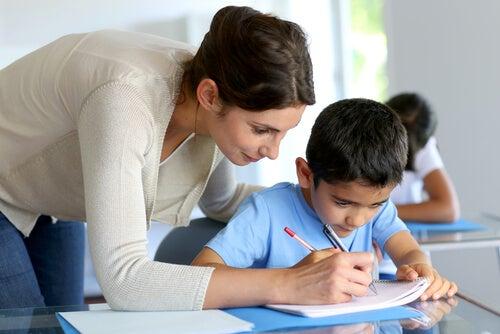 7 preguntas que los padres deben hacer a los profesores