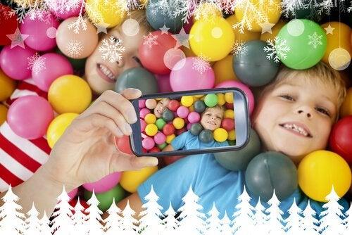 El uso de las tabletas y smartphones puede ocasionar lesiones en los niños