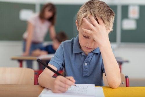 La inteligencia de los niños no depende de sus notas