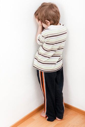 ¿Castigos o consecuencias educativas? Cuál funciona para corregir la conducta