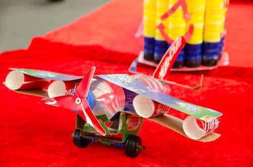 6 Juguetes para niños con materiales reciclados