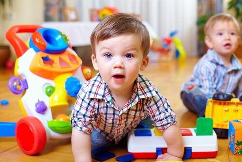 ¿Cómo estimular la capacidad motora de los bebés?