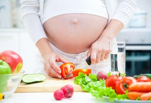 Cambia tu alimentación y queda embarazada rápidamente.