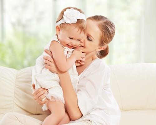 Ser madre de una hija es ganar una cómplice para toda la vida