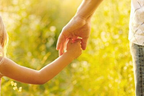 Ser madre no es solo dar a luz, es conducir por la vida