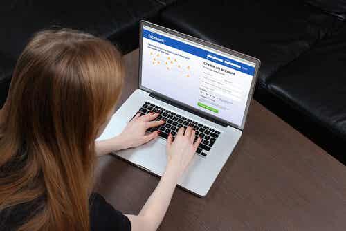 Un estudio demuestra el peligro que corren tus hijos en Facebook
