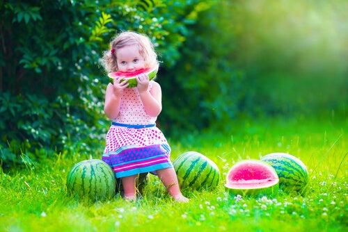 La dieta de tu hijo cambia a los dos años