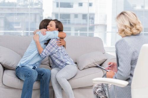 La terapia de pareja es muy beneficiosa en el proceso de divorcio.