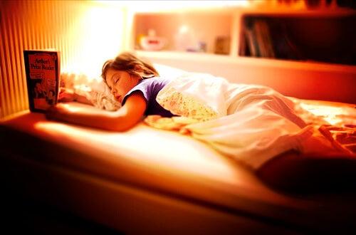 9 Consejos para que tus hijos duerman mejor