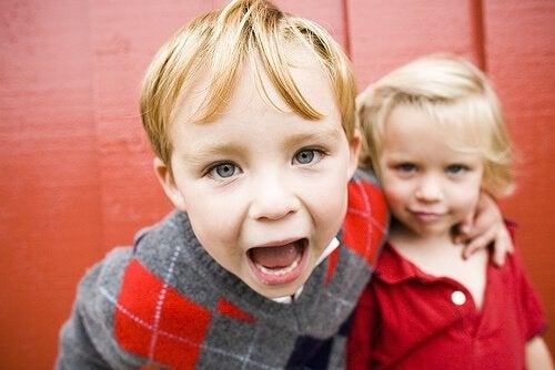 La diferencia entre niños demandantes y de alta demanda