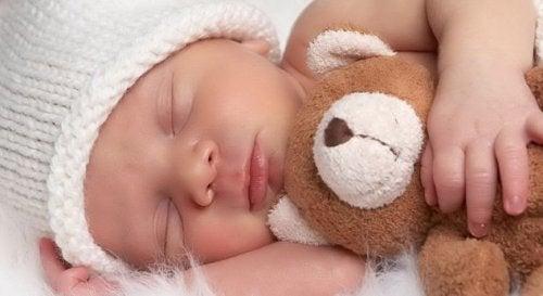como hacer dormir a mi bebe toda la noche