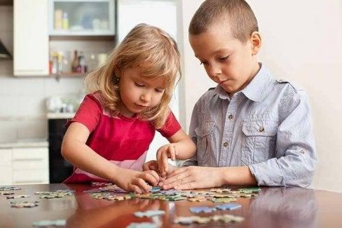 ¿Cómo enseñar a tu hijo a ser generoso?