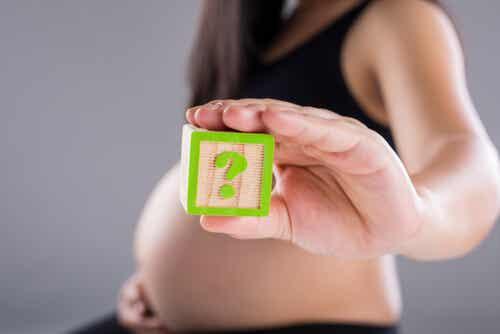 ¿Es mejor la cesárea o el parto natural?