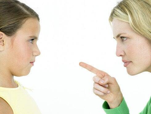 No ordenes a tu hijo, razona con él