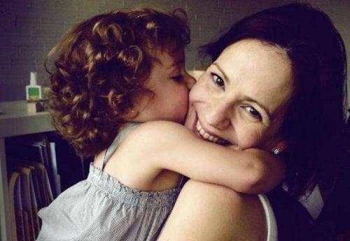 Esfuérzate por ser cada día mejor madre