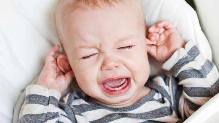 ¿Qué hacer cuando tus hijos tienen dolor de oído?