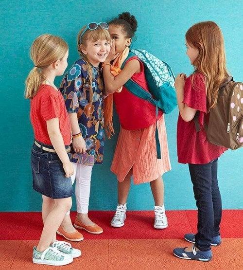 Ayuda a tu hijo a enfrentarse a la presión de grupo
