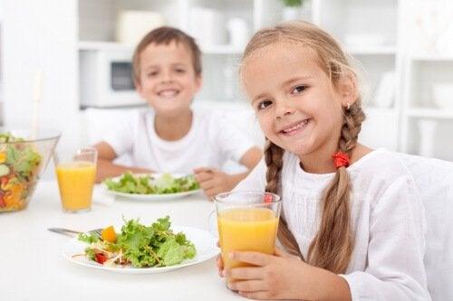 Si a tu hijo no le gusta la fruta, ¡dale batidos!