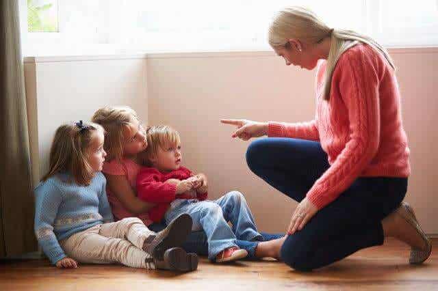 ¿Qué hacer cuándo tus hijos responden mal?