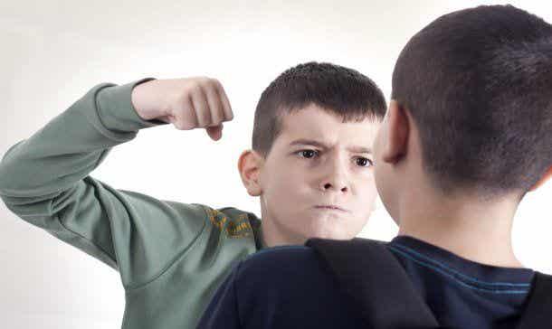 ¿Es tu hijo agresivo? Cómo tratarlo