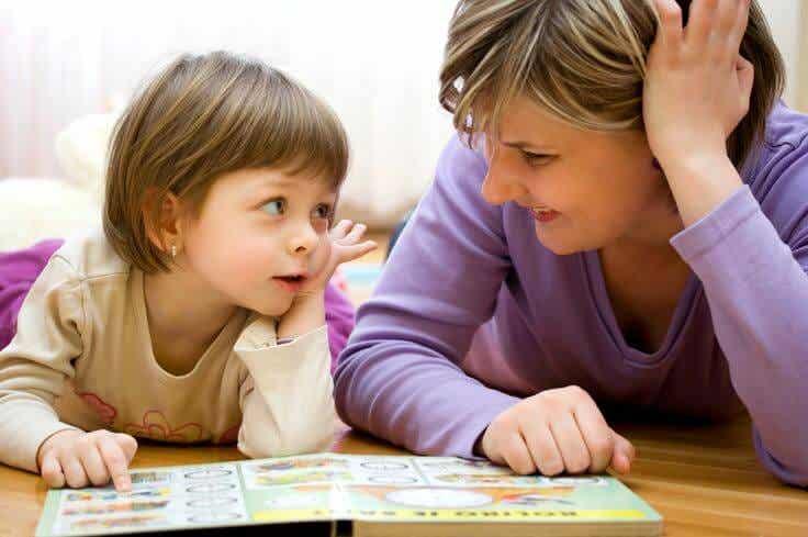 """Aprender otro """"idioma"""" para hablar con tu hijo"""