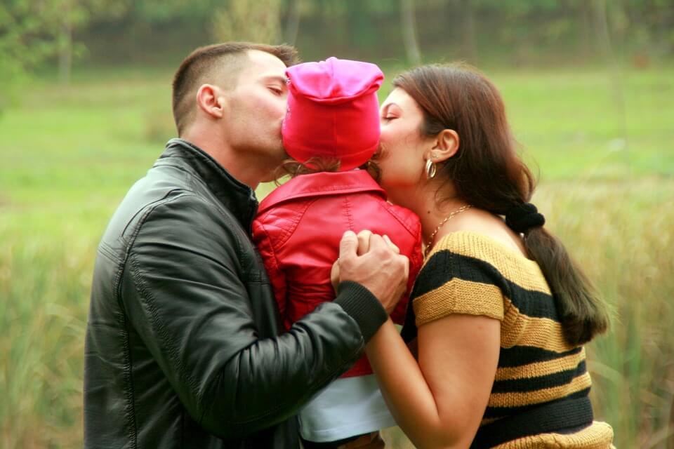 family-1003817_960_720