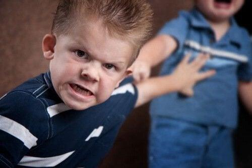 Qué hacer si el que acosa es tu hijo