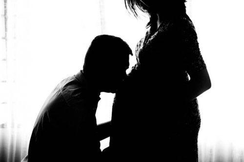 pregnant-971982_960_720