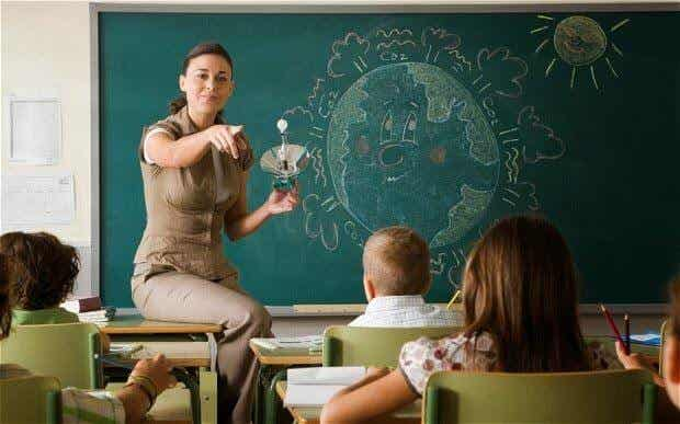 Enseña a tu hijo a llevarse bien con sus maestros