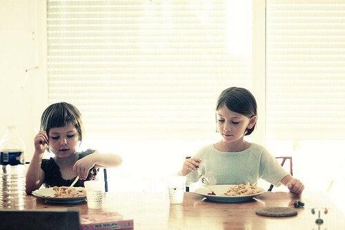 Otras buenas costumbres para enseñar a tus hijos