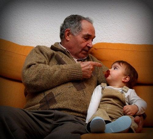 Tirar de los abuelos, ¿hay un límite?