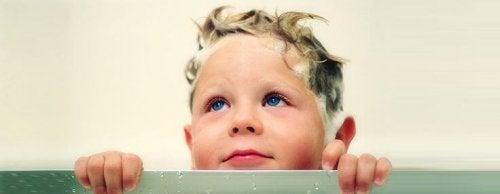 Cómo eliminar piojos y liendres mediante un tratamiento
