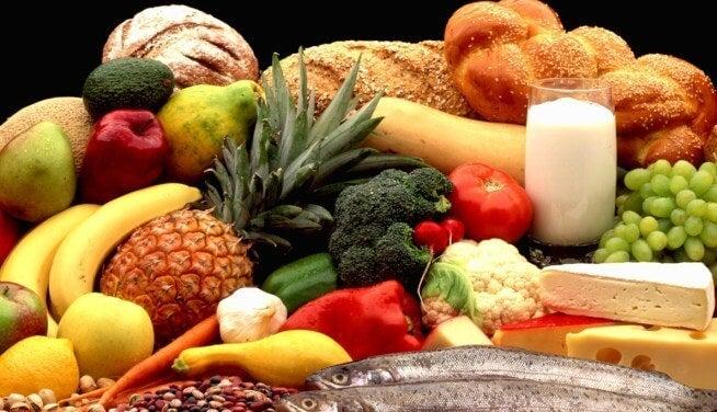 6 alimentos que deben estar en la dieta de tu hijo