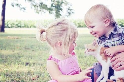 5 beneficios de tener mascotas cuando tienes hijos