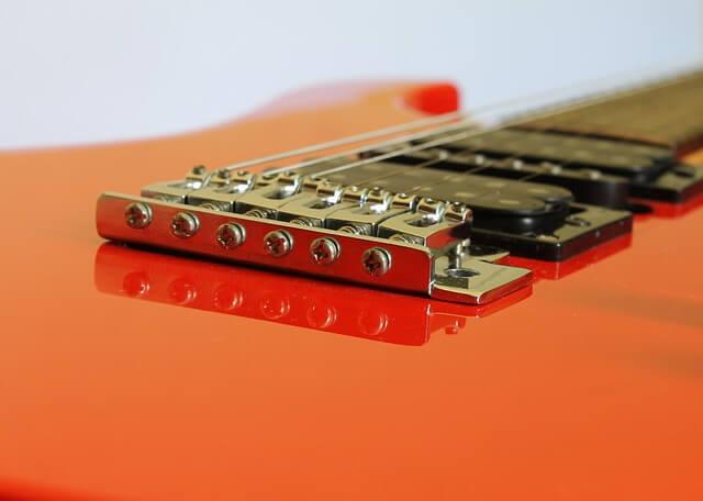 guitar-586161_640