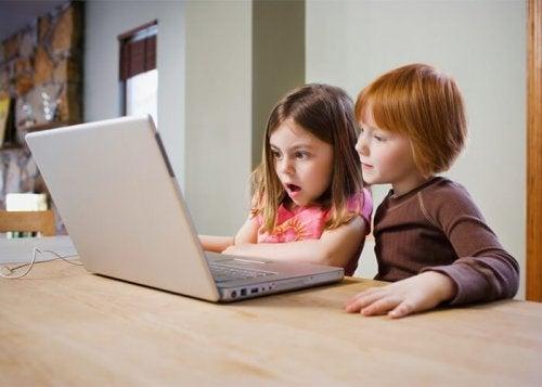 Vídeos seguros para niños en Youtube Kids