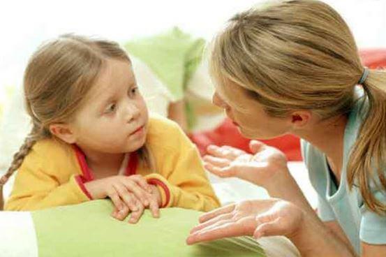 madre-hija-hablando