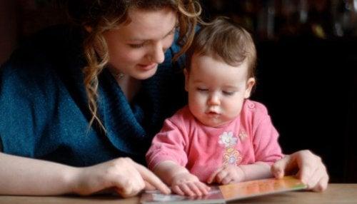 ¿Qué necesita saber tu hijo antes de empezar a leer?