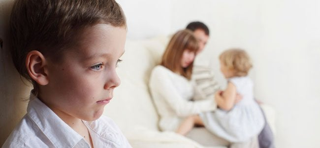 Amor y paciencia contra los celos de los niños