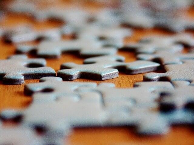 El experimento de los puzzles.