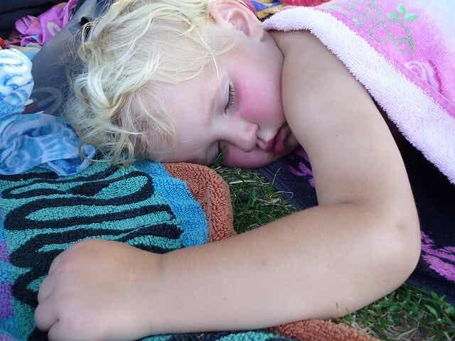 Causas de ronquidos y apneas del sueño en los niños