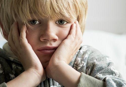 ¿Cómo afecta a los niños la burla de los padres?