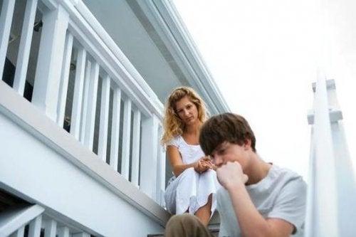 5 cosas que no deberías decir a tu hijo adolescente