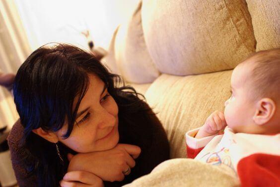 Los clásicos mitos sobre la maternidad