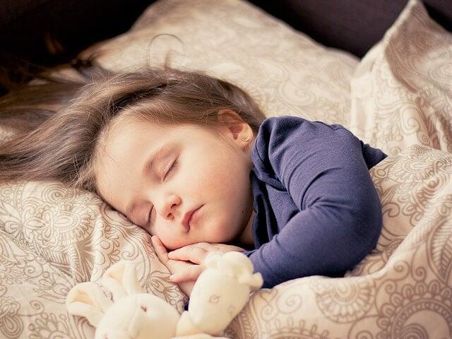 4 cosas que interfieren en el sueño de los niños