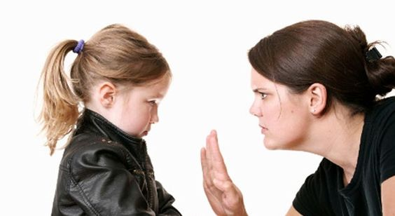 Aprende a educar a un niño indiscreto