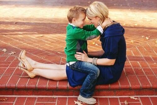 No muevas a tu hijo con tus palabras, arrástralo con tu ejemplo