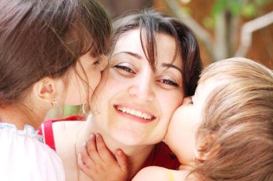 Ser madre es hallar la felicidad en la felicidad de tus hijos