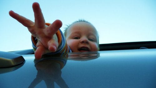 bebe-coche