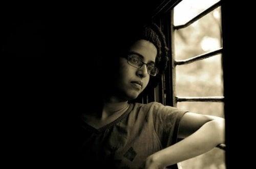 El amig@ de mi hij@ murió, ¿cómo debo actuar?